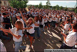 Students return to Columbine
